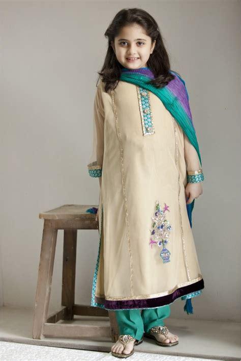 design dress for girl pakistani dress designs for girls maria b kids