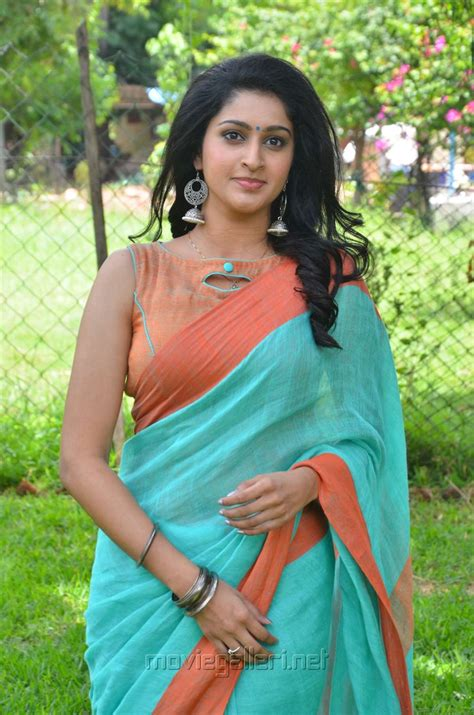 heroine photos heroine photos picture 1243582 karuppan movie heroine tanya saree