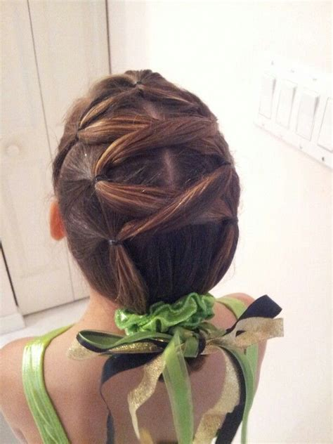 how to do gymnastics hairstyles gymnastics hair avaryana s very 1st meet 1st section