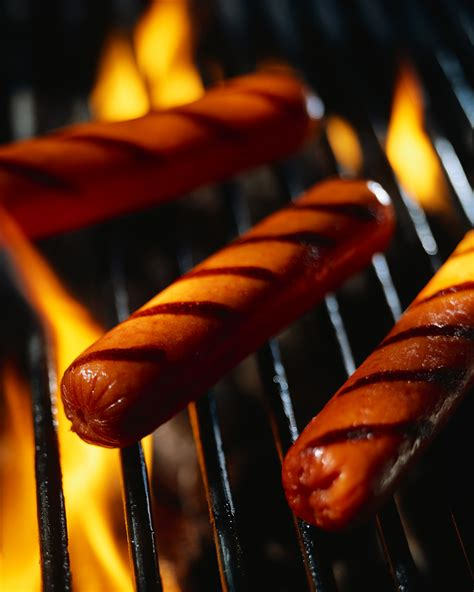 TONIGHT! BBQ Hot Dogs, Beans, Chips and S?Mores $1.50   Glenbrooke News