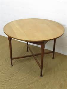 breakfast dining tables heal s oak circular breakfast dining table antiques atlas