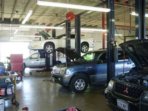 the key elements of great services car selecting the best service consultant for the auto repair