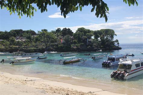 miris perusakan karang akibat ponton kapal wisata  kkp