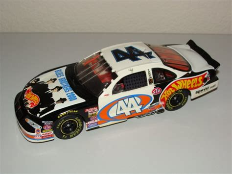 Wheels Pro Racing Nascar Pontiac No44 Kyle Petty 1 1998 elite 1 24 44 wheels quot blues brothers 2000
