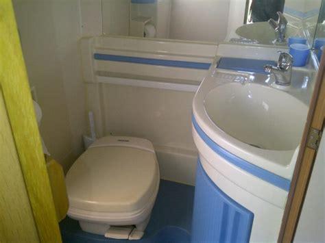 come sostituire piatto doccia sostituzione piatto doccia e rifacimento bagno