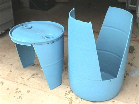 plastic barrel dog house how to make a 55 gallon drum into dog house noten animals