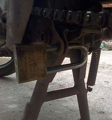 Gembok Motor 8 fitur motor jadul yang hilang pada motor jaman sekarang