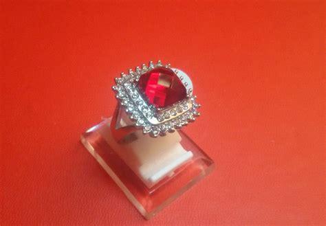 Cincin Titanium Cantik 2 Jual Cincin Titanium Import Silver Wanita Cewek Merah