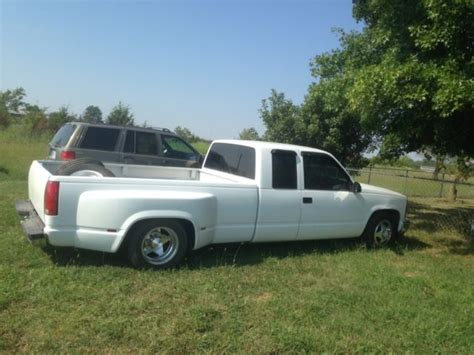 gmc lowered chevy gmc lowered slammed 3500 bagged dually 1990