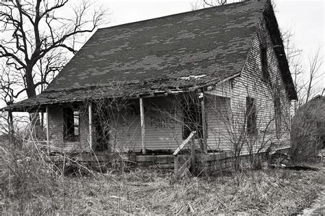 abandoned house abandoned house free stock photo public domain pictures