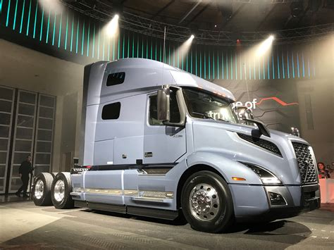 volvo truck video volvo takes wraps off new vnl truck news