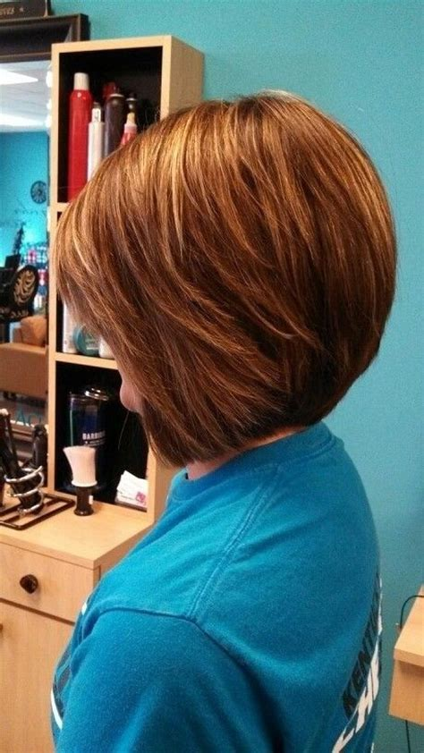 Stacked Bob Hairstyle Hair by Stacked Bob Haircut Wavy Hair Images