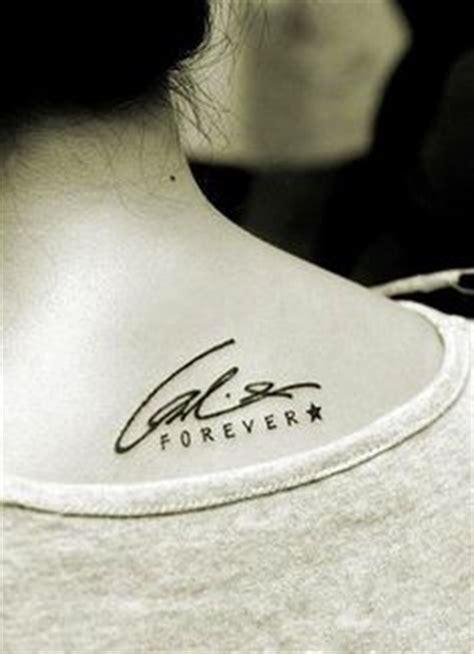 tattoo font signature signature tattoo mom and dad i would even do my husband