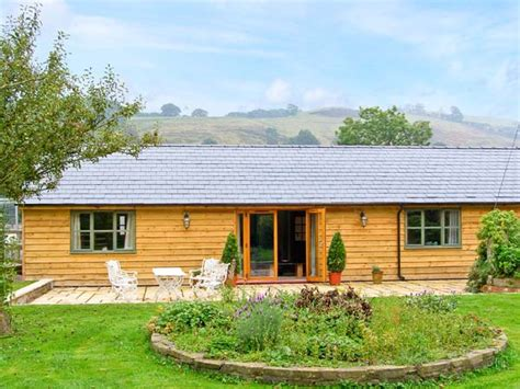 Farm Cottages Wales by Dolley Farm Cottage Pet Friendly Cottage Dolley Green