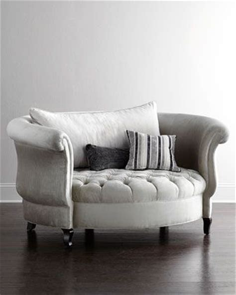 Cuddle Chair Bed by 17 Best Ideas About Chair And A Half On Comfy