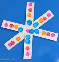 simple craft for preschoolers simple snowflake craft for preschoolers