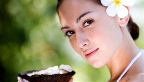 Minyak Nilam Mana Yang Benar aturan yang benar memakai minyak alami untuk kulit tempo cantik