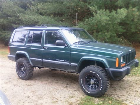 Jeep Xj 3 5 Inch Lift I Bought Rustys 3inch Lift With New Springs Jeep