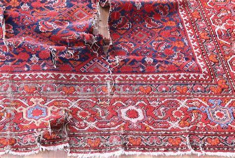 lavare tappeti persiani lavare tappeti antichi nel modo giusto da bersanetti