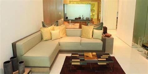 Sofa Sudut Ruang Tamu tips and tricks sofa bentuk l untuk sudut ruang tamu yang