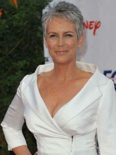 the 17 hottest silver foxes jamie lee curtis lee curtis the 17 hottest silver foxes frisyrer frisyr och h 229 r