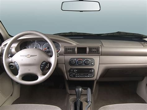 2006 chrysler sebring review 2006 chrysler sebring reviews and rating motor trend
