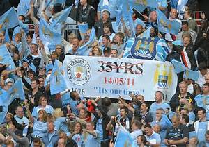 Kaos Manchester City The Citizen Simply City 2 Cr manchester united remove trafford banner after city fa