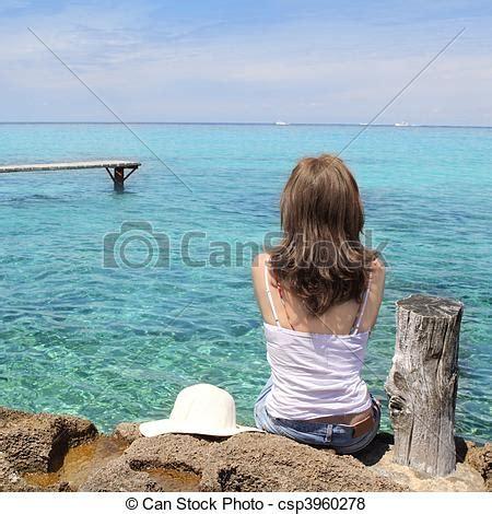 imagenes mujeres en el mar fotos de turista costas mulher olhar formentera