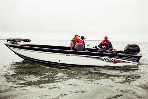alumacraft boats reviews 2017 alumacraft competitor 205 tiller power boats outboard