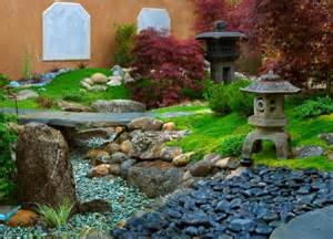 Decorative Rocks For Gardens Decorative Stones For Garden And Interior Living Room Room Decorating Ideas Home Decorating