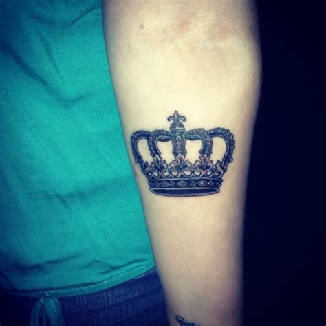 Queen Tattoo On Forearm | 6 queen tattoos on forearm