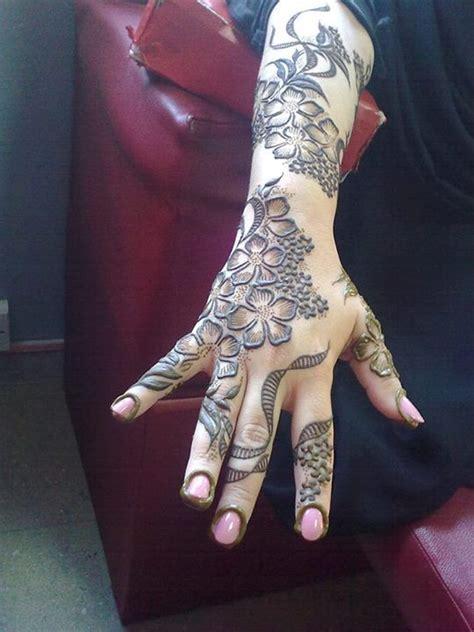 nusrat henna mehndi tattoo artist toronto on henna mehndi artist nusrat malik brton on makedes