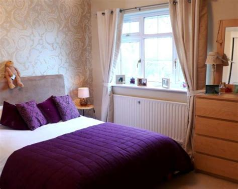 beige and purple bedroom click to see a larger image