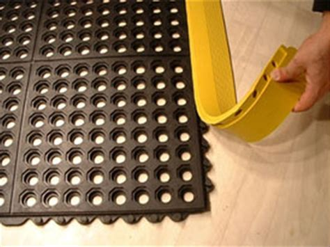 Rubber Antifatigue Industrial Mat Tile with Drainage Holes B