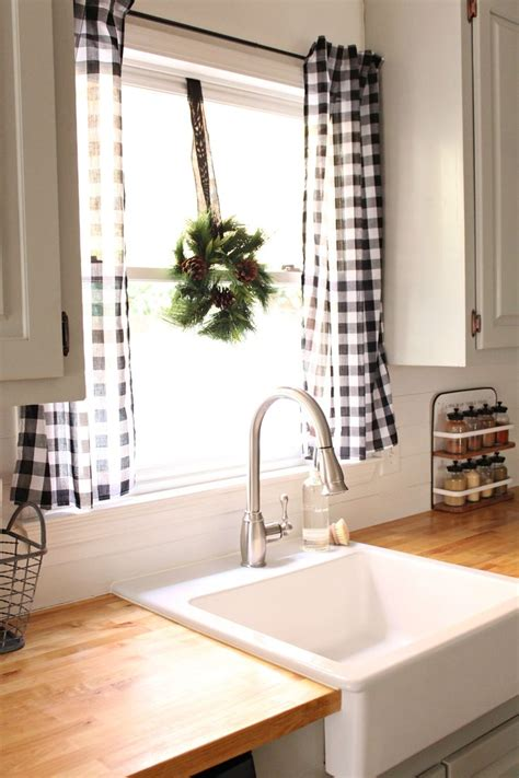 farmhouse kitchen curtains 25 best ideas about kitchen curtains on