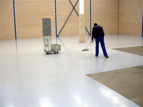 pintar garaje soluciones para pintar pavimentos de hormig 243 n en garajes