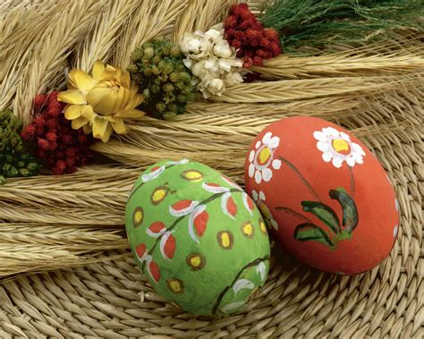amazing easter eggs mighty lists 20 amazing easter eggs