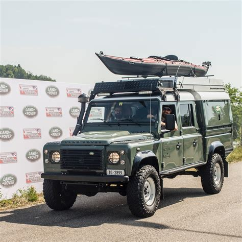 land rover 130 file land rover defender 130 expedition jpg wikimedia