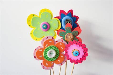 imagenes flores de goma eva 5 ideas para hacer manualidades con goma eva para ni 241 os