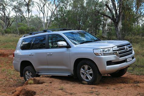 best digital 200 2013 toyota land cruiser 200 series review