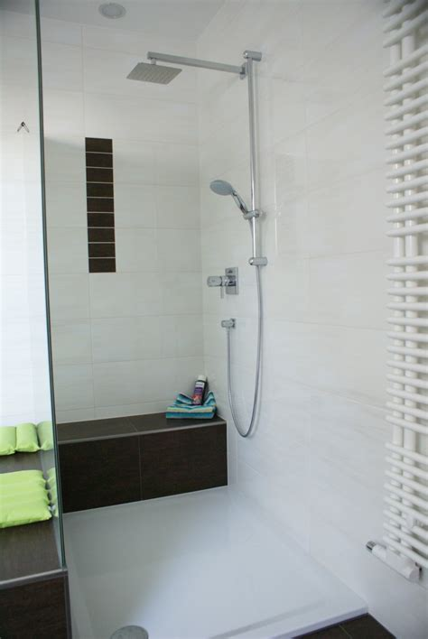 Badezimmer Mit Schräge by K 252 Che Wei 223 Hochglanz Grifflos