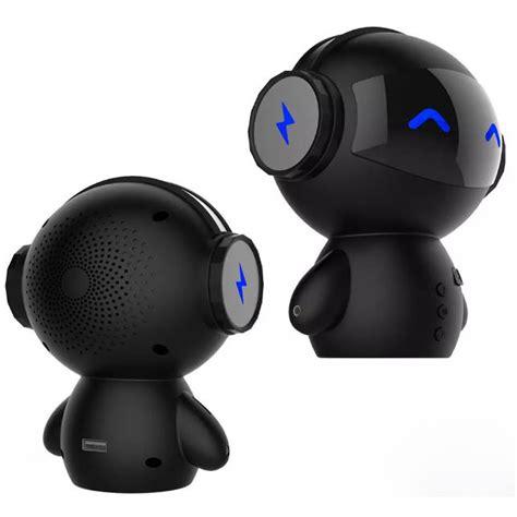 Speaker Bluetooth Robot 2 in 1 speaker bluetooth portable power bank model robot