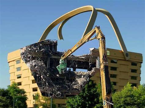 longaberger headquarters fake picture of vandalized basket building business insider
