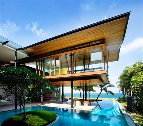 superb fish house in singapore by guz architects