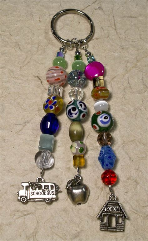 how to make beaded keychains for beaded scissor tails by nanciesfancies