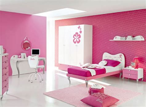 design white and pink bedroom for decosee