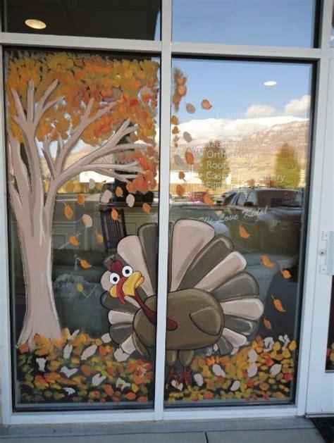 Fenster Bemalen Herbst by Best 25 Window Paint Ideas On School Window