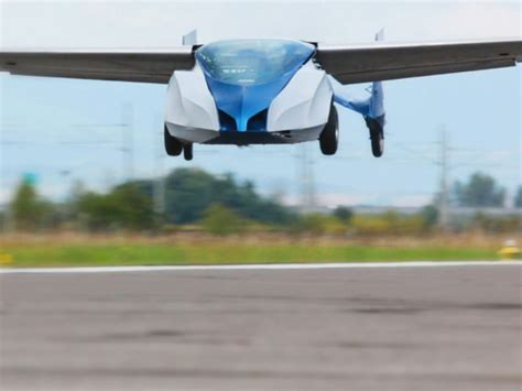automobili volanti aeromobil flying car set to conquer the skies in 2016