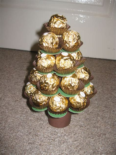 mini ferrero christmas tree calender