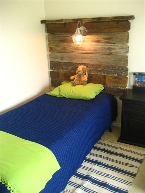 Diy Headboards For Boys by 17 Best Ideas About Boy Headboard On